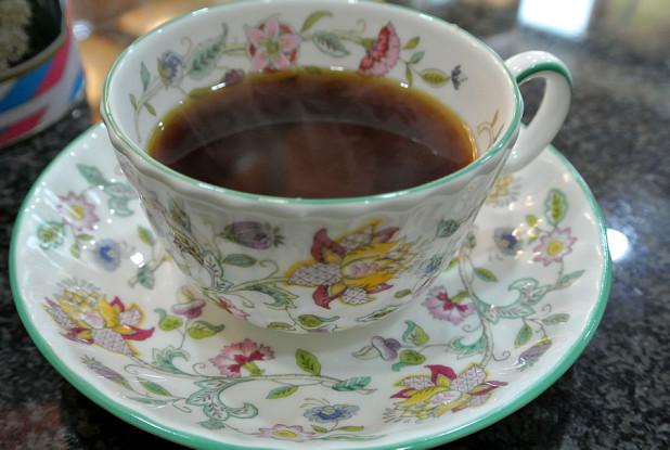 喫茶 カフェオーレ ミントンのカップ